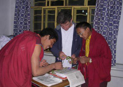 Mise en herbier avec l'aide des moines
